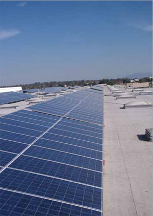 <p>Solar panels on the roof of States' warehouse facility in Arizona generate enough energy to power the facility and recharge its electric lift truck batteries.</p>