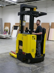 <p>NACCO Materials Handling Group, Inc. (NMHG), in cooperation with its local dealer, Papé Material Handling in Portland, has donated one of its Hyster electric reach trucks to the Portland Art Museum.</p>