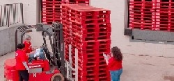 <p>PECO Pallet is investing in technology and looking for opportunities further upstream in the supply chain, according to David Rosen of the Pritzker Group.</p>