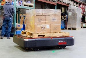 Locus Robotics收购Waypoint Robotics