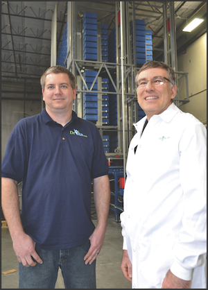 <p>Charles Woods, COO (left) and Wayne Gorsek, CEO of DrVita.com</p>