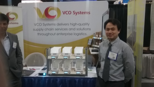 <p>VCO Systems&#8217; managing partner, Christianto Widjaja, showcases the company&#8217;s new, light-directed putwall.</p>
